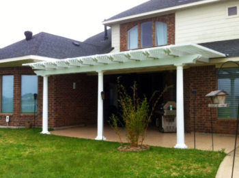 Aluminum Pergola With Double Rafters in Conroe